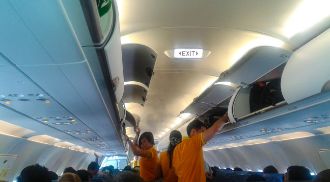 picture of passengers preparing to fly to china