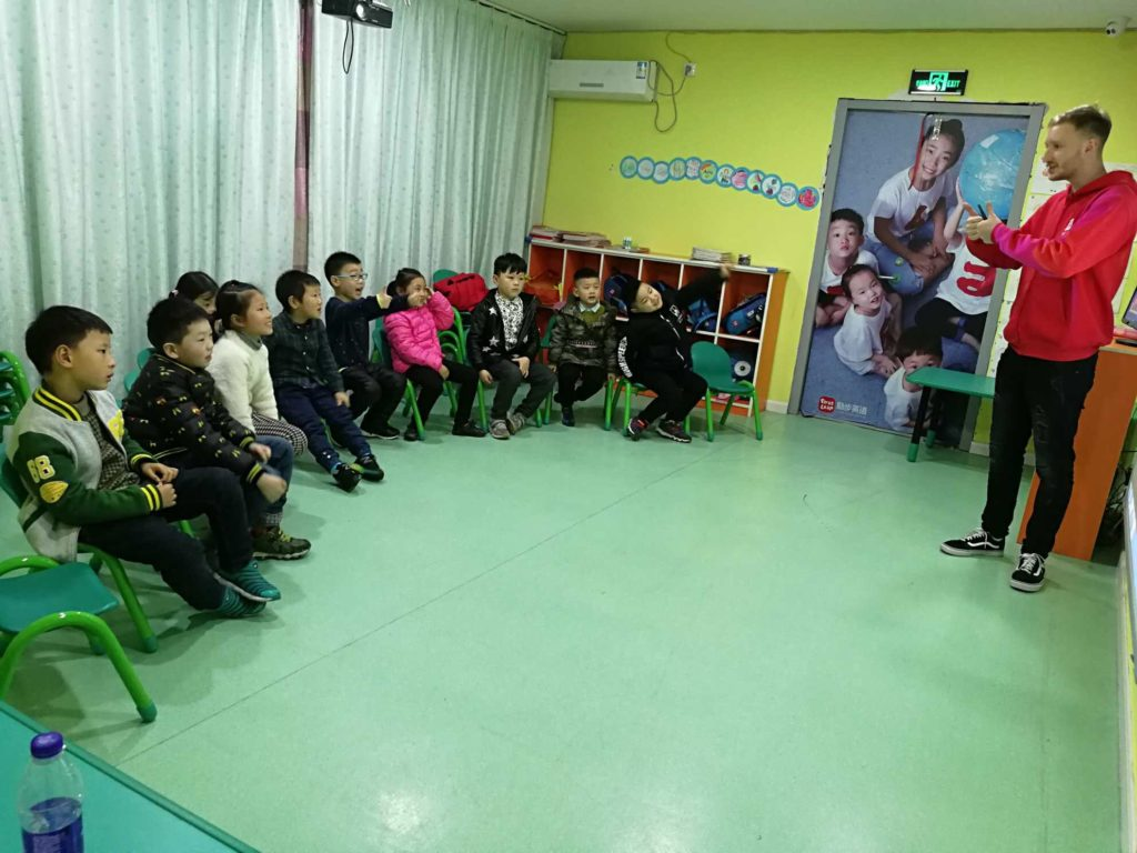 Kyle class while teaching at First Leap Yangzhou