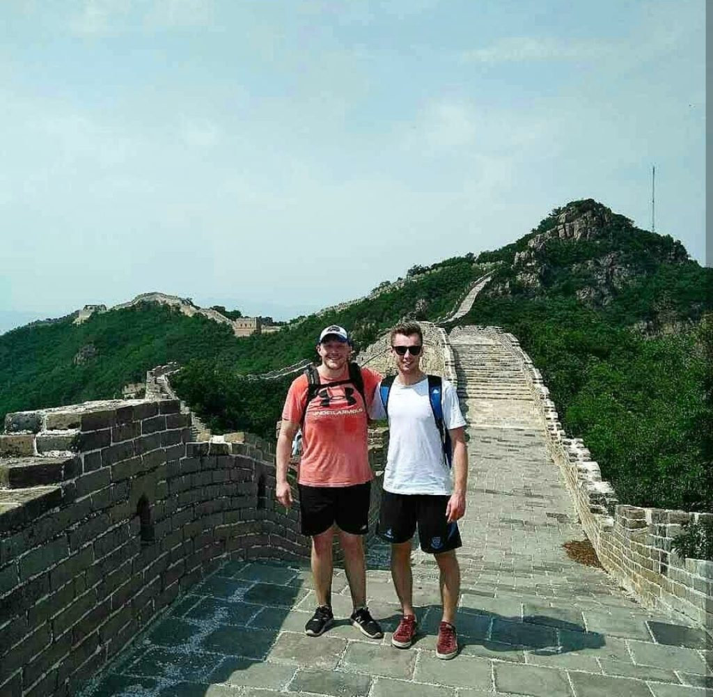 Oli on great wall of China