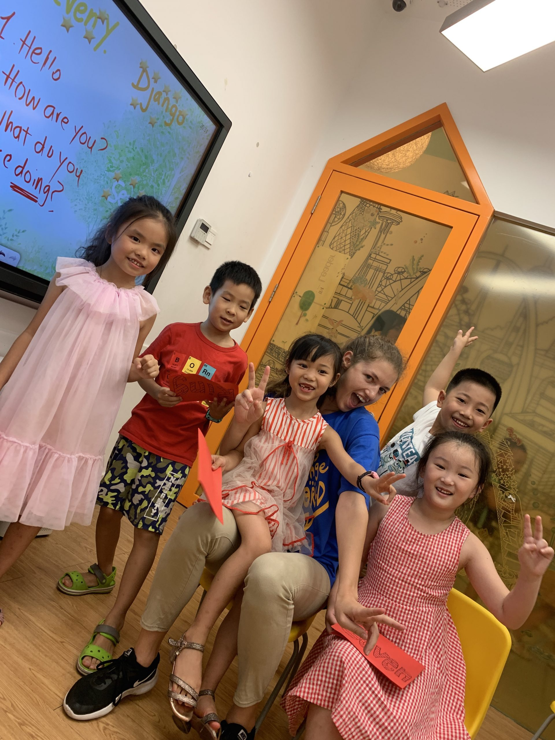 Britanny with her students at EF Chongqing